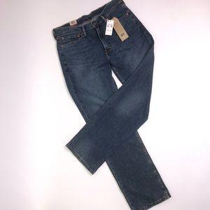 Men's Levi's 502 regular taper jeans.